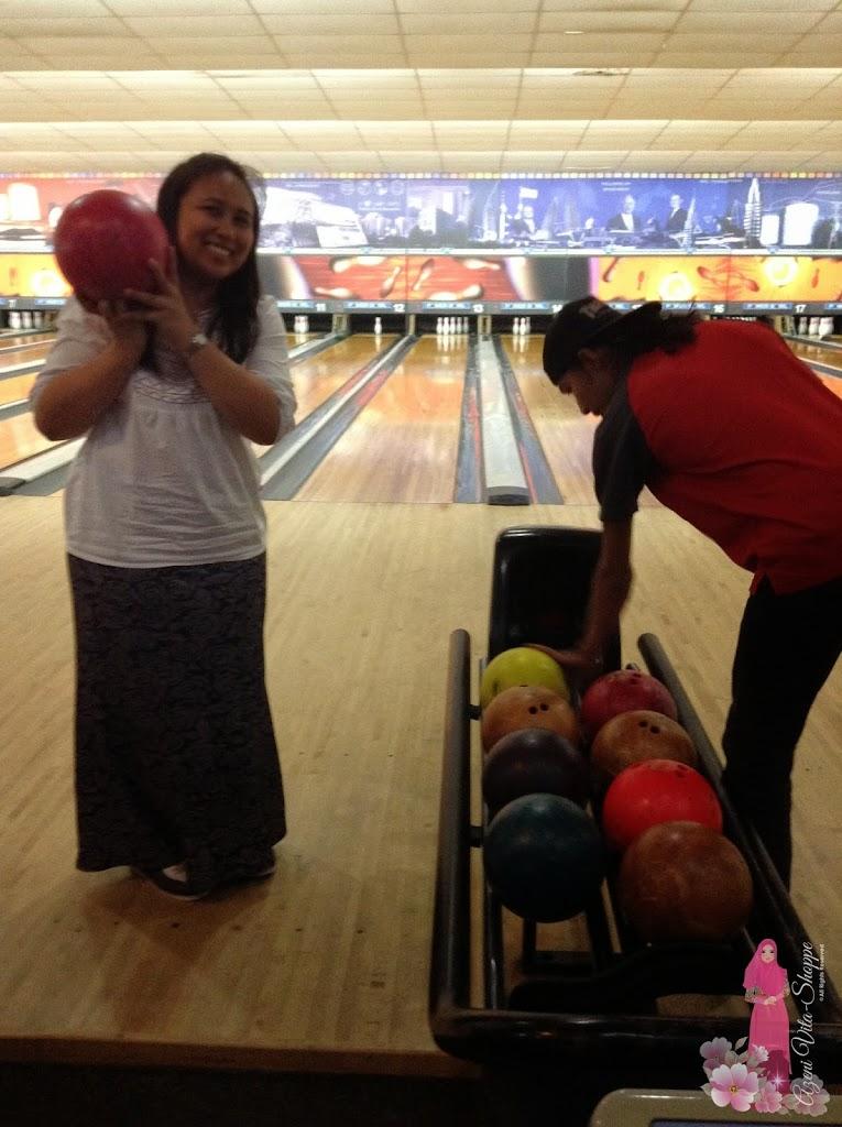 Bermain bowling
